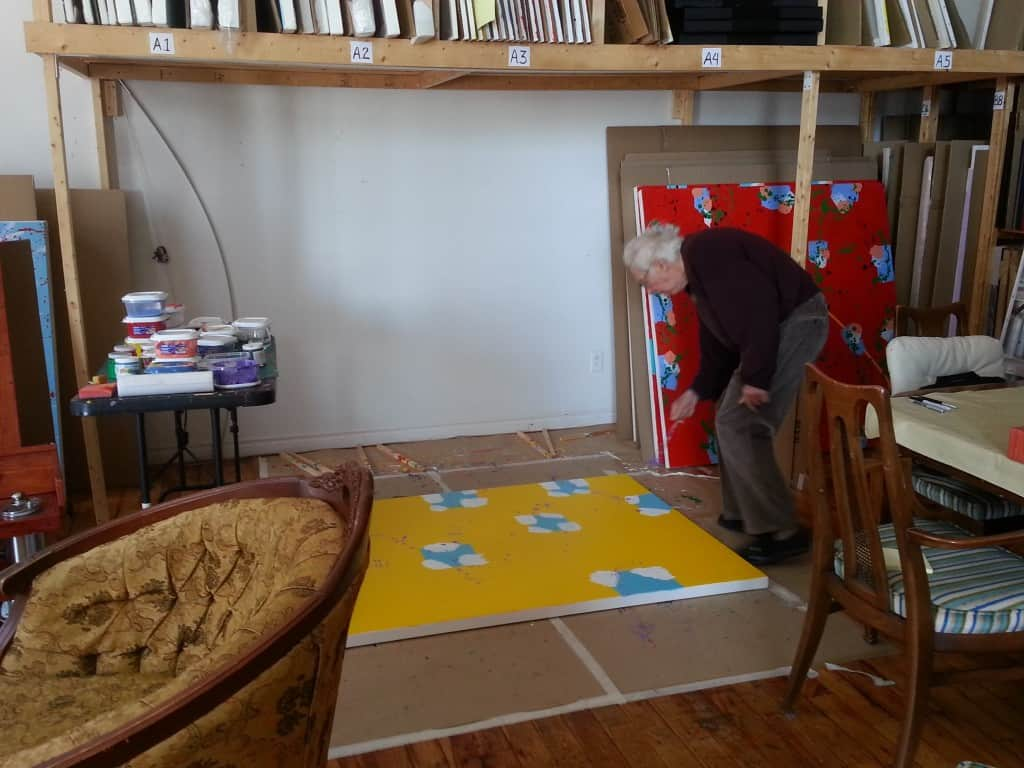 Marcel Barbeau travaillant dans son atelier.  6 mars 2014.  Photo: Marie-Eve Tanguay
